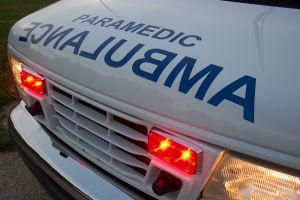 677683_ambulance__ecnalubma.jpg